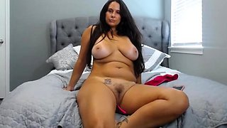 Amateur sex videos fat busty toying her own pussy in outdoor