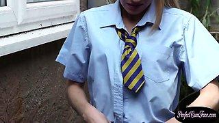 18yo euro schoolgirl gets facialized