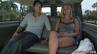 Blonde slut gets fucked hard in some dude's car