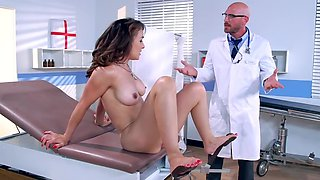 Brunette humped by doctor instead of traditional treatment