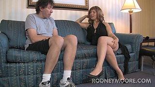 Horny Hairy Girls Mistress Eve and Honey Bunch