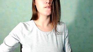 Hot Amateur Babe Fucking Machine Show On Webcam