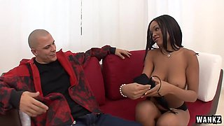 Hot Black Girl Tries Out A White Dick