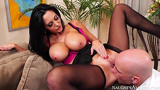 Ava Addams & Derrick Pierce in Naughty America