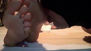 Korean goddess makes her slave worship her wonderful feet