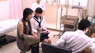japonese teen at doctor