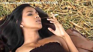 Fabulous amateur Latina, Smoking xxx clip