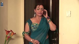 Indian Bhabhi Romance And Fucks His brother in Law