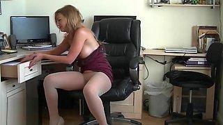 Sexy Secretary Plays In Sheer Seamless Pantyhose