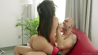 Bald guy fucks smoking hot Kesha Ortega while her boobs bounce