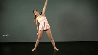 Cute gymnast girl stretches her pussy seductively