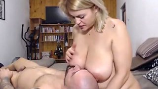 Webcam couple Breatfeeding, drink Mommy's Milk