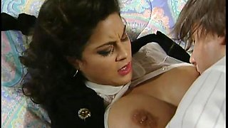 Horny Shyla Foxxx gets her pussy attacked in Hardcore retro action
