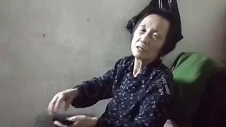 Sex with chinese granny