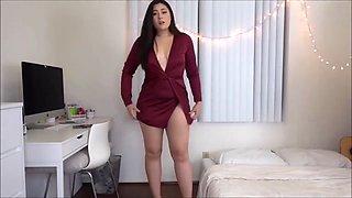 Compilado gostosas do youtube provando roupas curtas