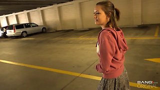 Babe that gets picked up from the street eats cum