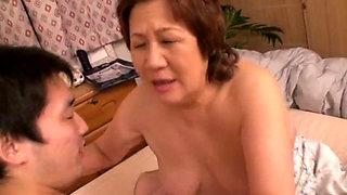 Asian Granny Hamano Ruriko sucks and fucks