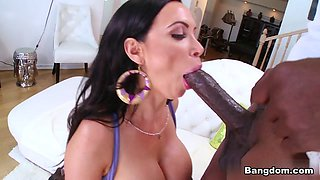 Nikki Benz in Nikki Benz swallows that big black snake Video