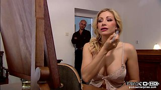 Italian Mommy Fucked At Home