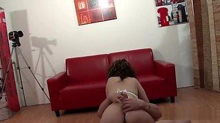 Casting anal d'une mature en rut