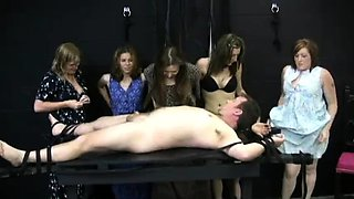 Lucky guy has a group of lovely babes jerking off his cock