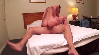 Hidden cams film a couple fucking in a motel room